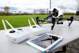 "The ladies in the rental quadcopters / drones ""Inspire 1 Pro"" and ""Inspire 1"""